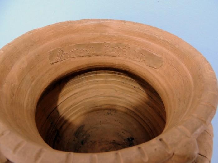 AP-044 - Antonio Poteiro - Pote em Terracota - 30 X 34 cm
